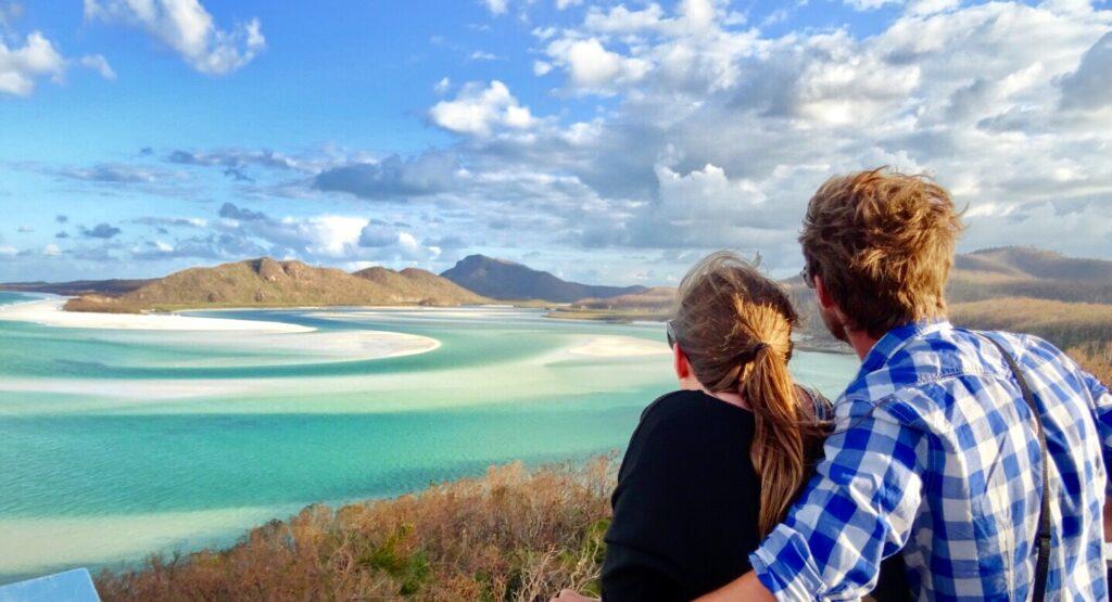 Whitsundays sailing holidays - whitehaven bay lookout inlet
