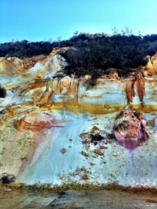 Rainbow Beach Coloured Sands 03