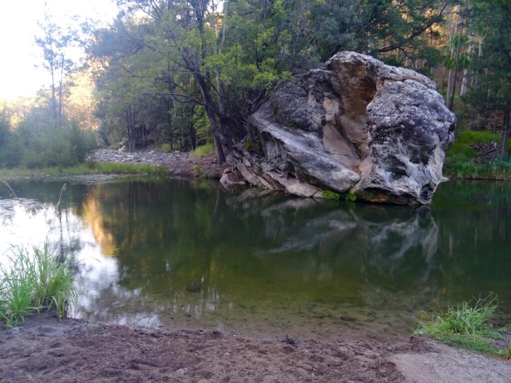 Carnarvon Gorge - rock pool