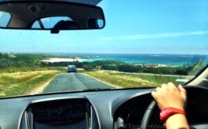Tasmania_D4-2_-_Bay_of_Fires_road trip