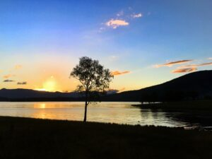 the falls drive - lake moogerah sunset