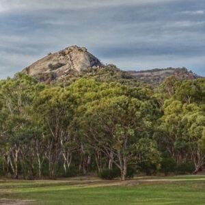 Girraween National Park - Pyramid view from carpark