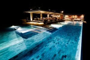 Kura Night Lounge Pool