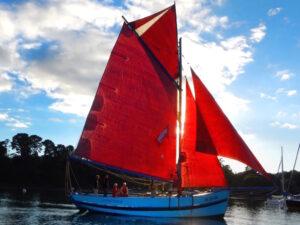 Sailing Brittany Saint Goustan - Indomptable