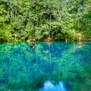 Espiritu Santo Riri Blue Hole